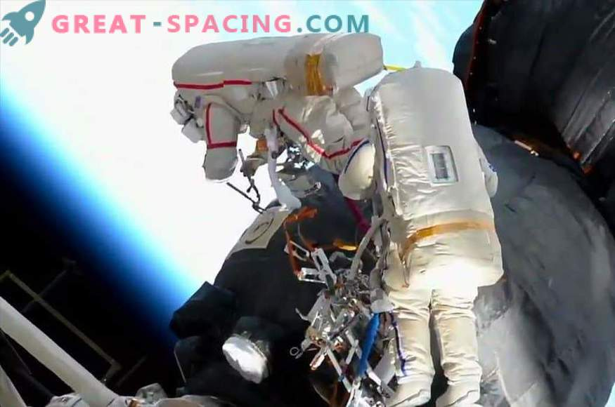 Cum au studiat astronauții gaura de pe nava Soyuz